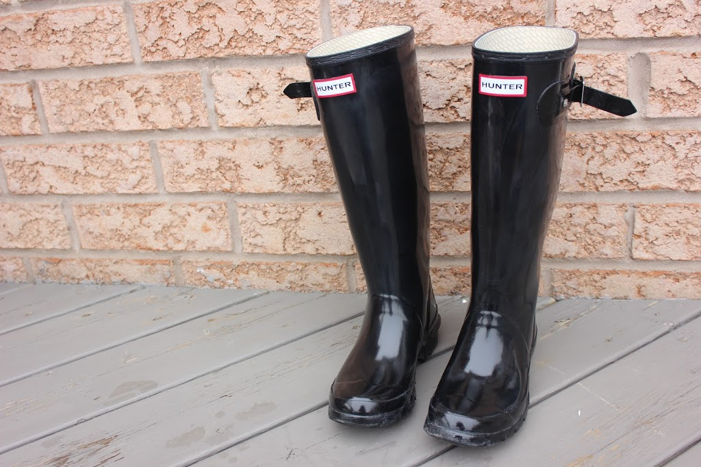 Easy way to clean hunter rain boots at home