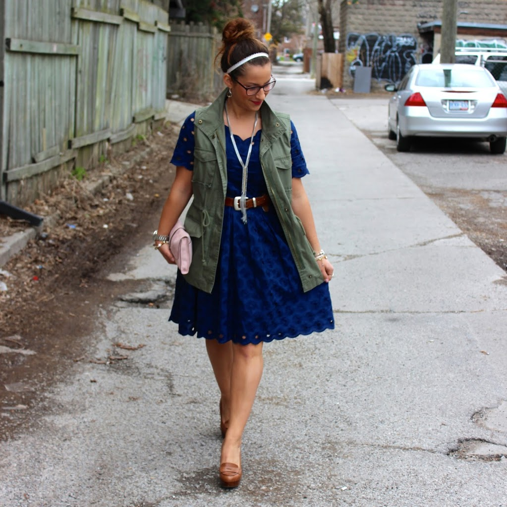 Toronto Fashion Blogger, Jackie Goldhar wearing a cargo vest from Old Navy and an eyelet lace dress from J.Crew Factory