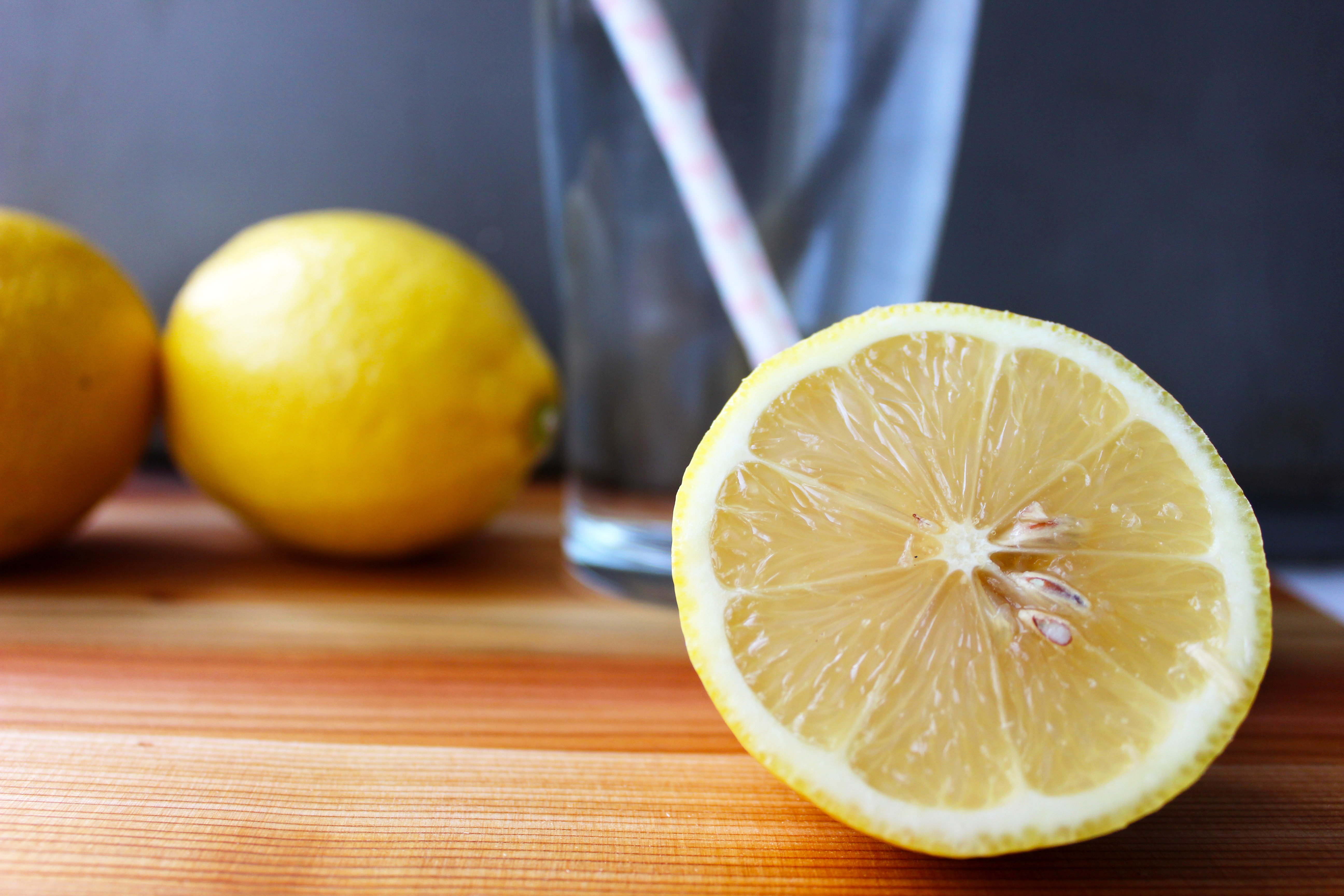 Drink Water With Lemon