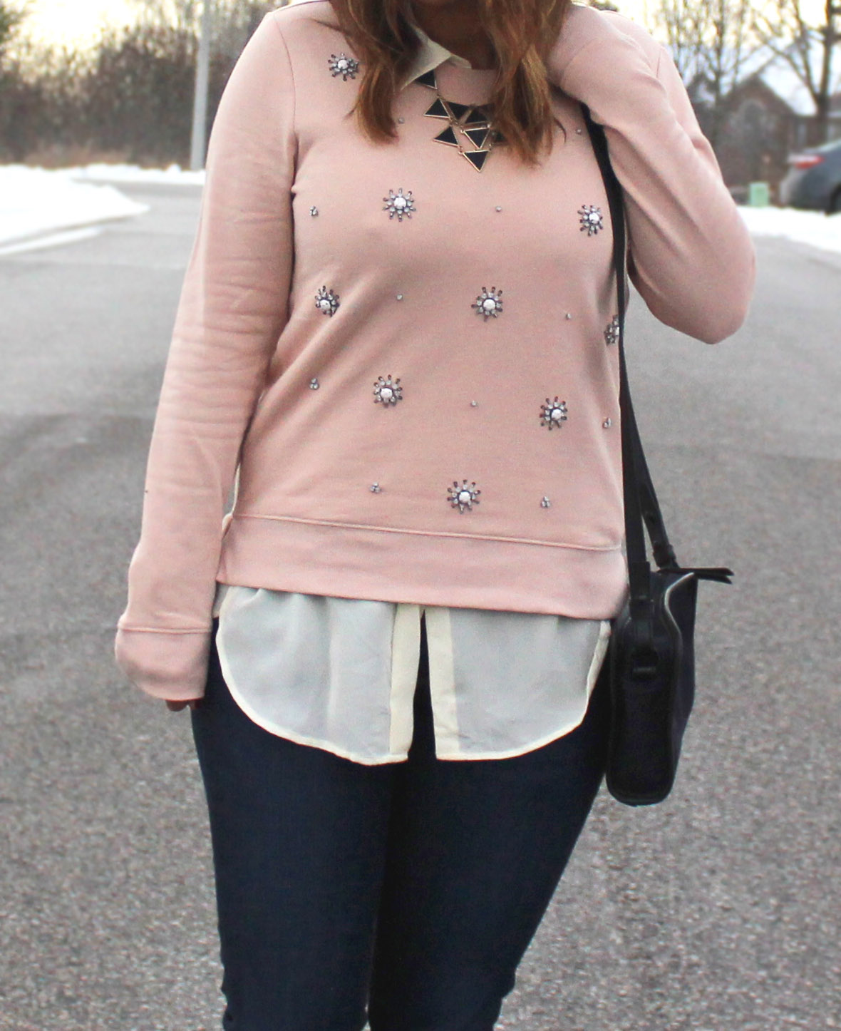 Jeans and a Sweatshirt - How to beat the January blahs with sparkles and accessories / somethingaboutthat.com