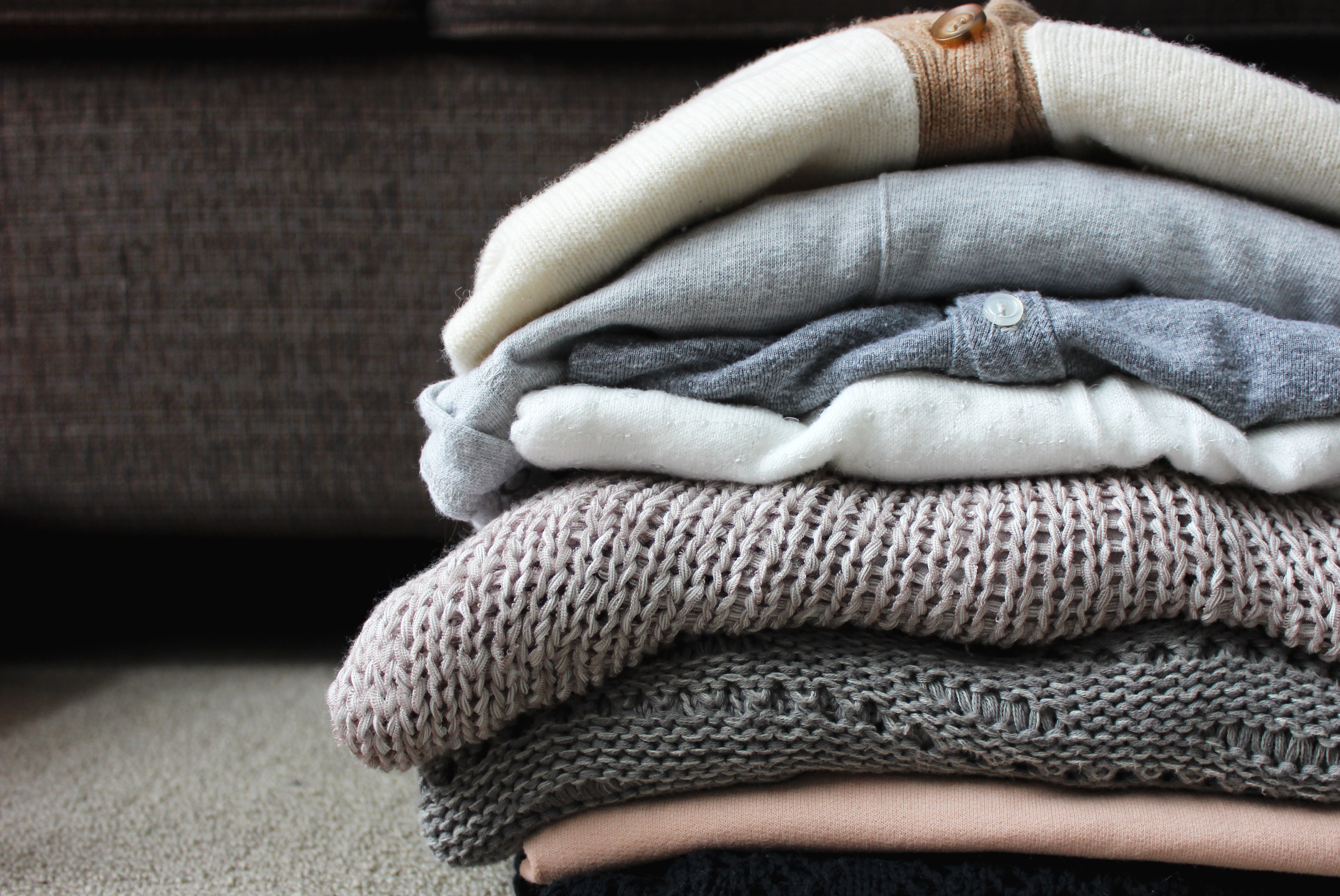 Fold Your Sweaters!