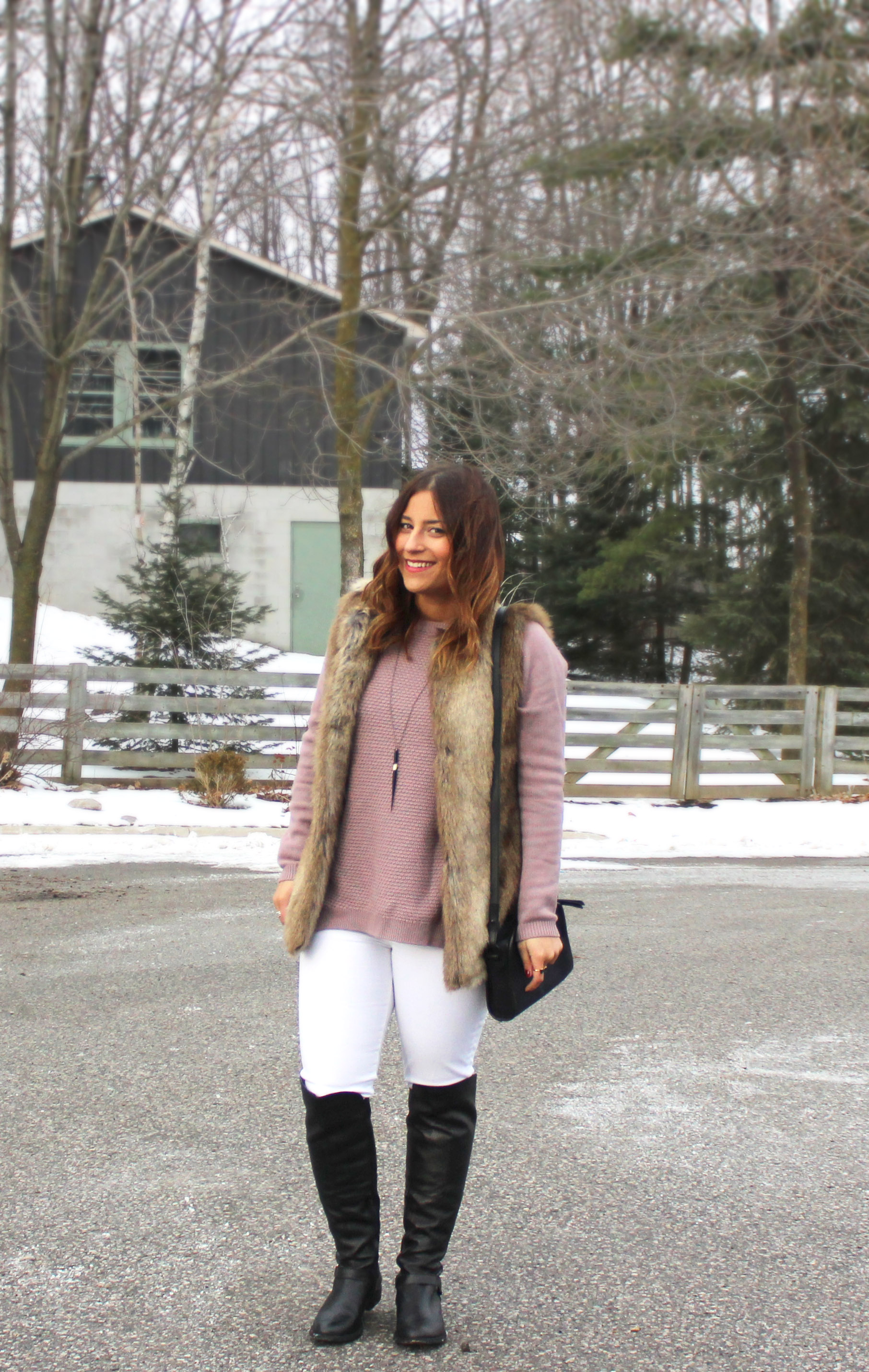 Wearing White in Winter - How to style white jeans in the winter