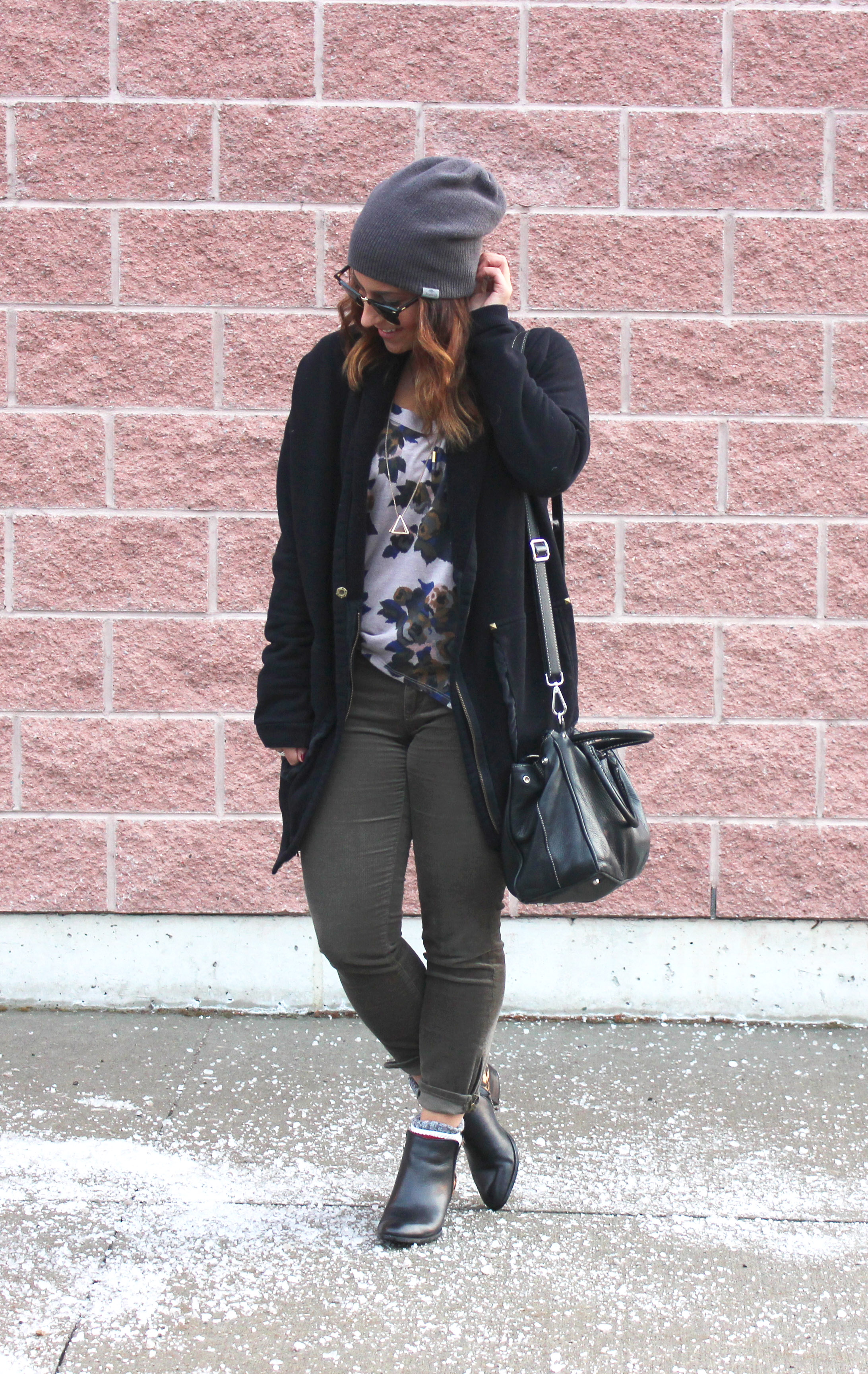 Personal Style: Oversized Cardigan, Florals, and a Beanie / somethingaboutthat.com