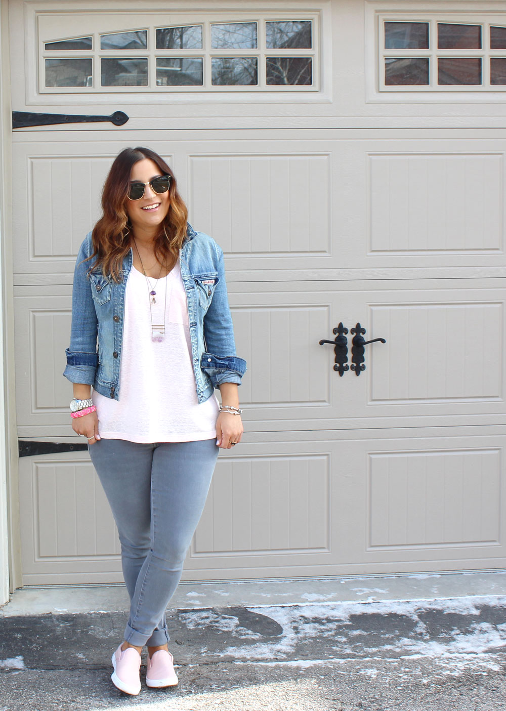 How to wear a Canadian Tuxedo and look Stylish