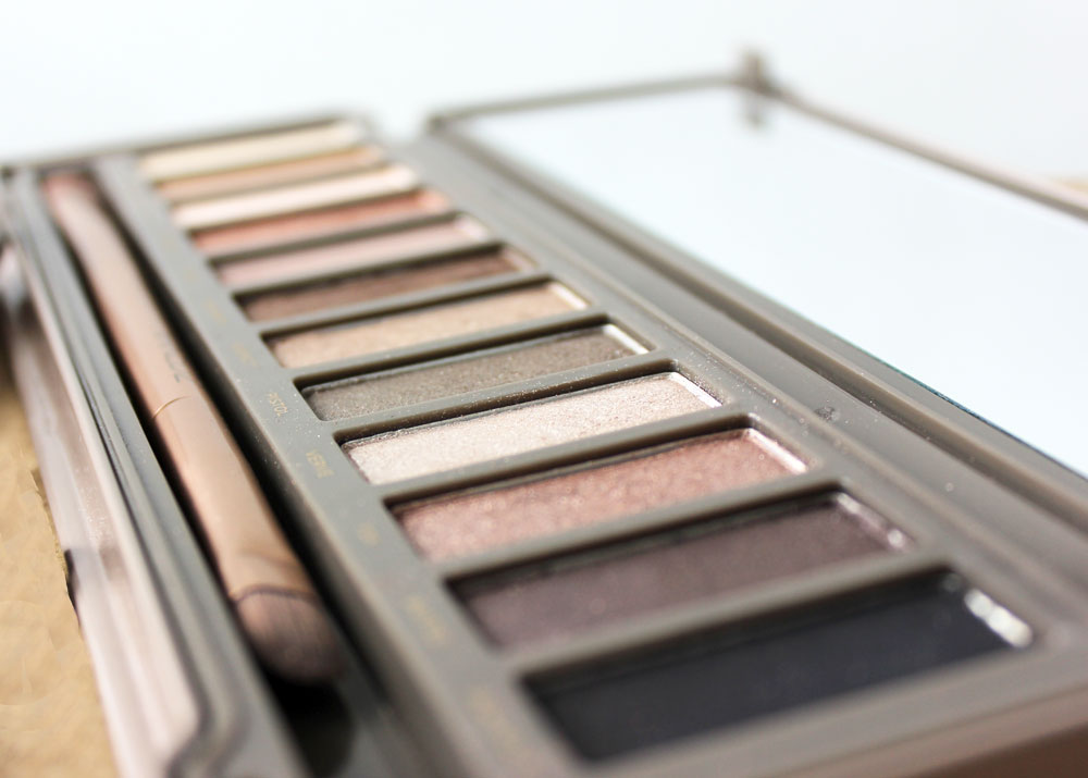 Life Lately - Urban Decay Naked 2 Review
