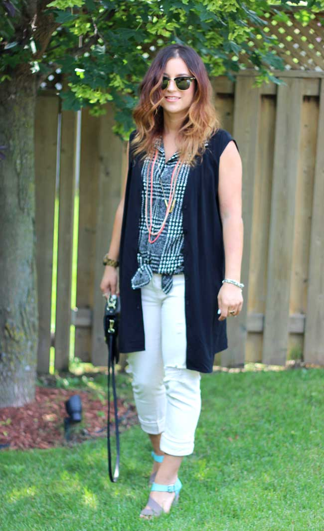 gap girlfriend jeans, emu dawn sandals, forever21 sleeveless blouse (vest)
