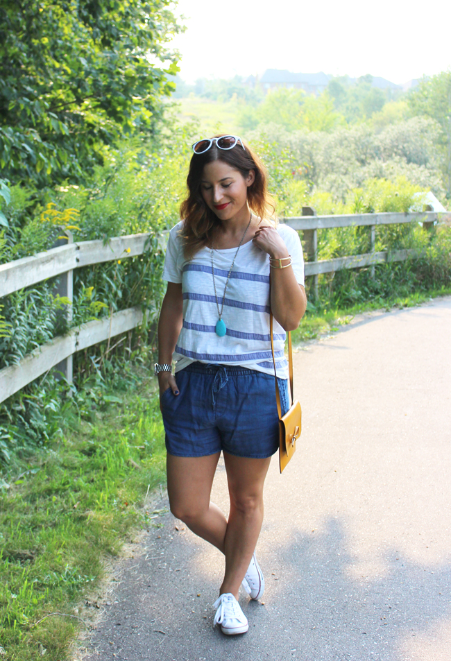 the most comfortable denim shorts and a t-shirt