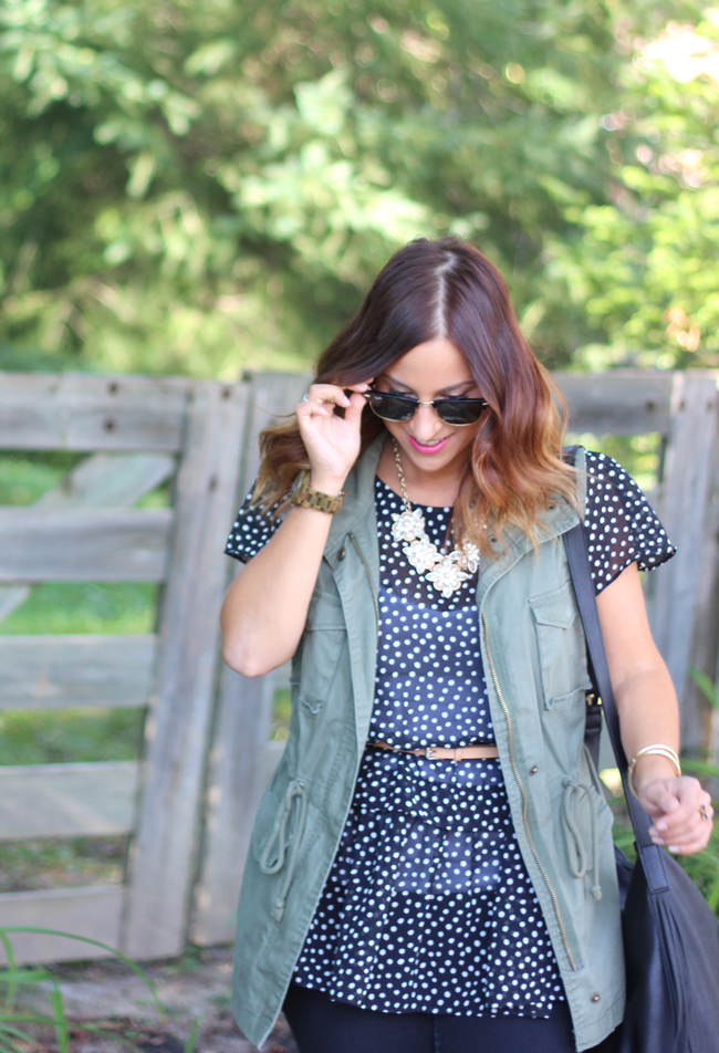 must-have cargo vest - old navy vest, black and white polka dots and black skinny jeans