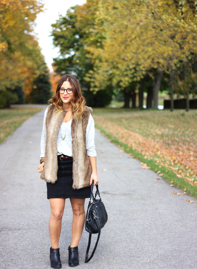 topshop denim skirt and faux fur vest