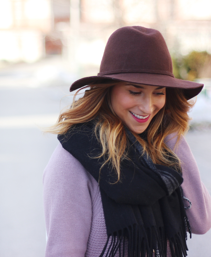 Something About That is a Toronto fashion, beauty and lifestyle blog. Jackie Goldhar is the blogger behind it all.