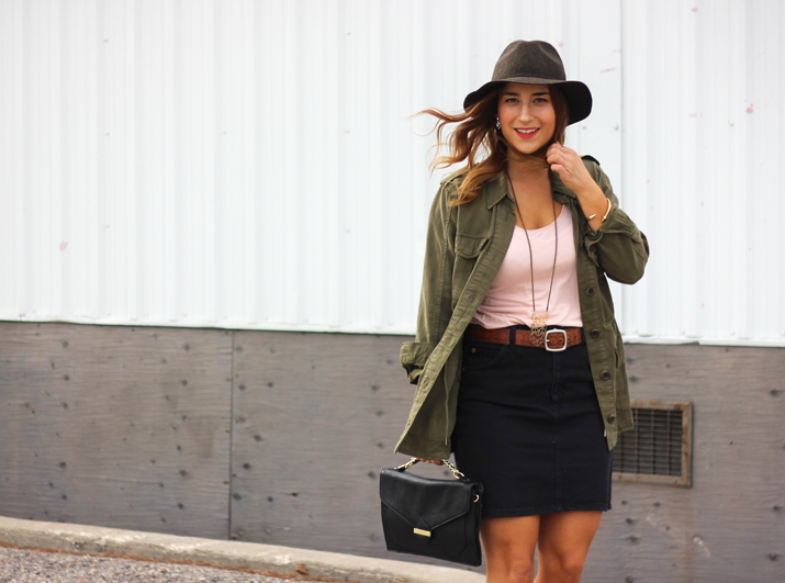 Canadian Fashion Blogger Styles a Topshop Canada Utility Jacket