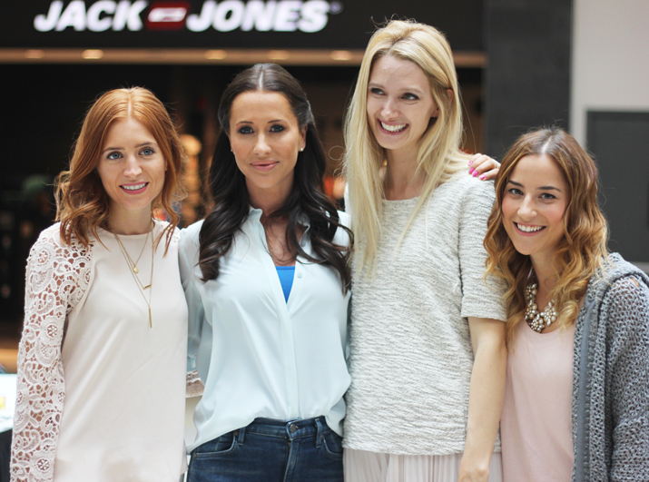 Jessica Mulroney and some of Toronto's fashion bloggers at the Shoebox Project event at Upper Canada Mall