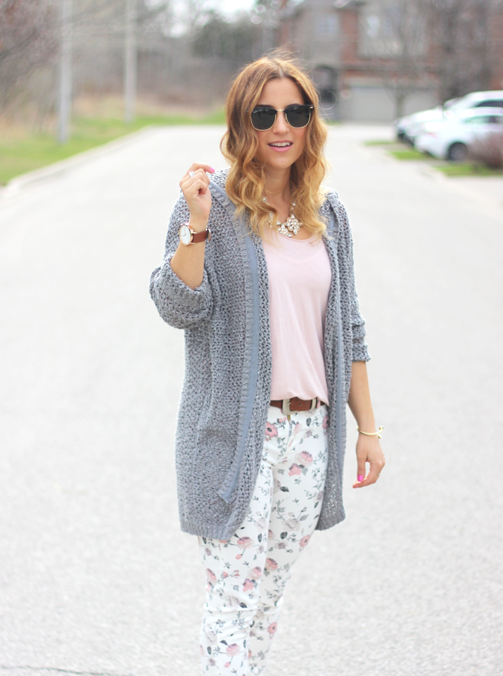 Toronto Fashion Blogger - How to wear floral pants