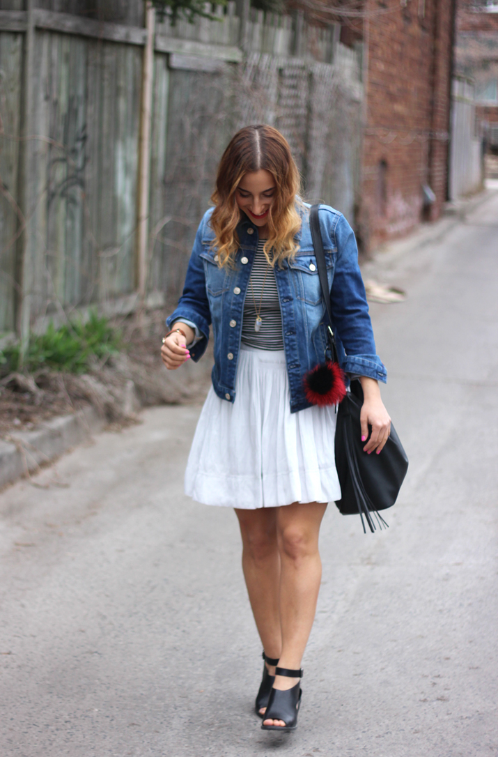 How to wear a jean jacket with a skirt - Canadian Fashion Blog