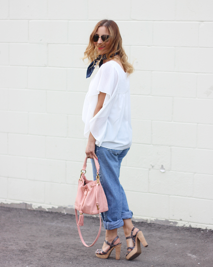 Canadian Fashion Blogger - How to wear boyfriend jeans