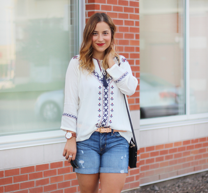 THML Clothing - Blogger wears embellished tunic for summer