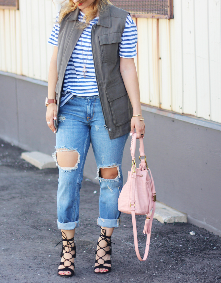 Canadian Fashion Blogger in ripped jeans from zara