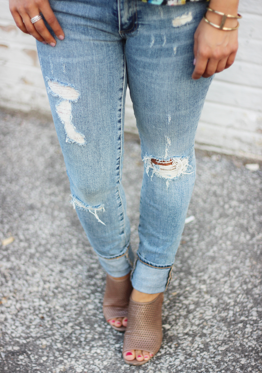 Gap Destructed True Skinny Jeans