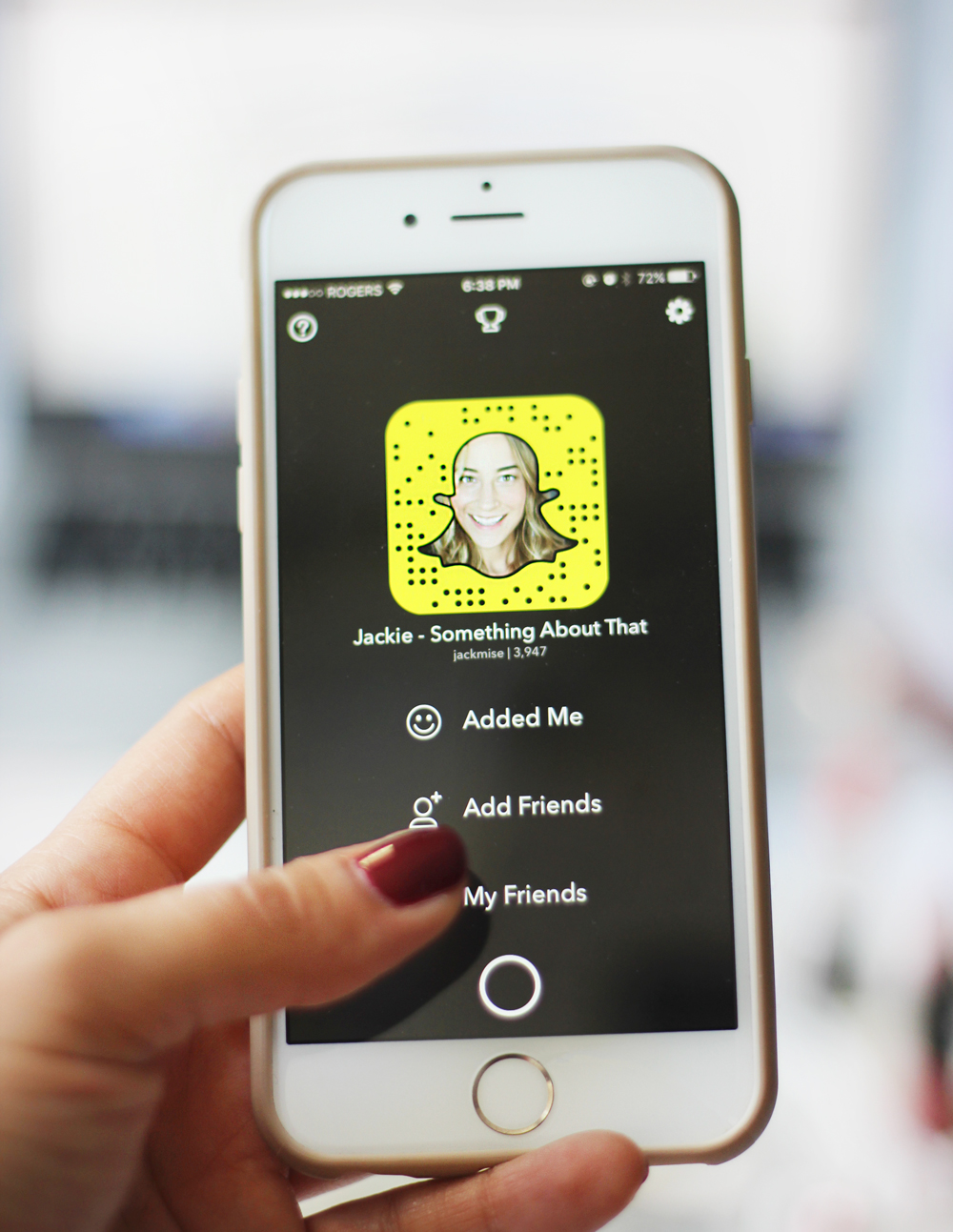 Snapchat for bloggers and small businesses