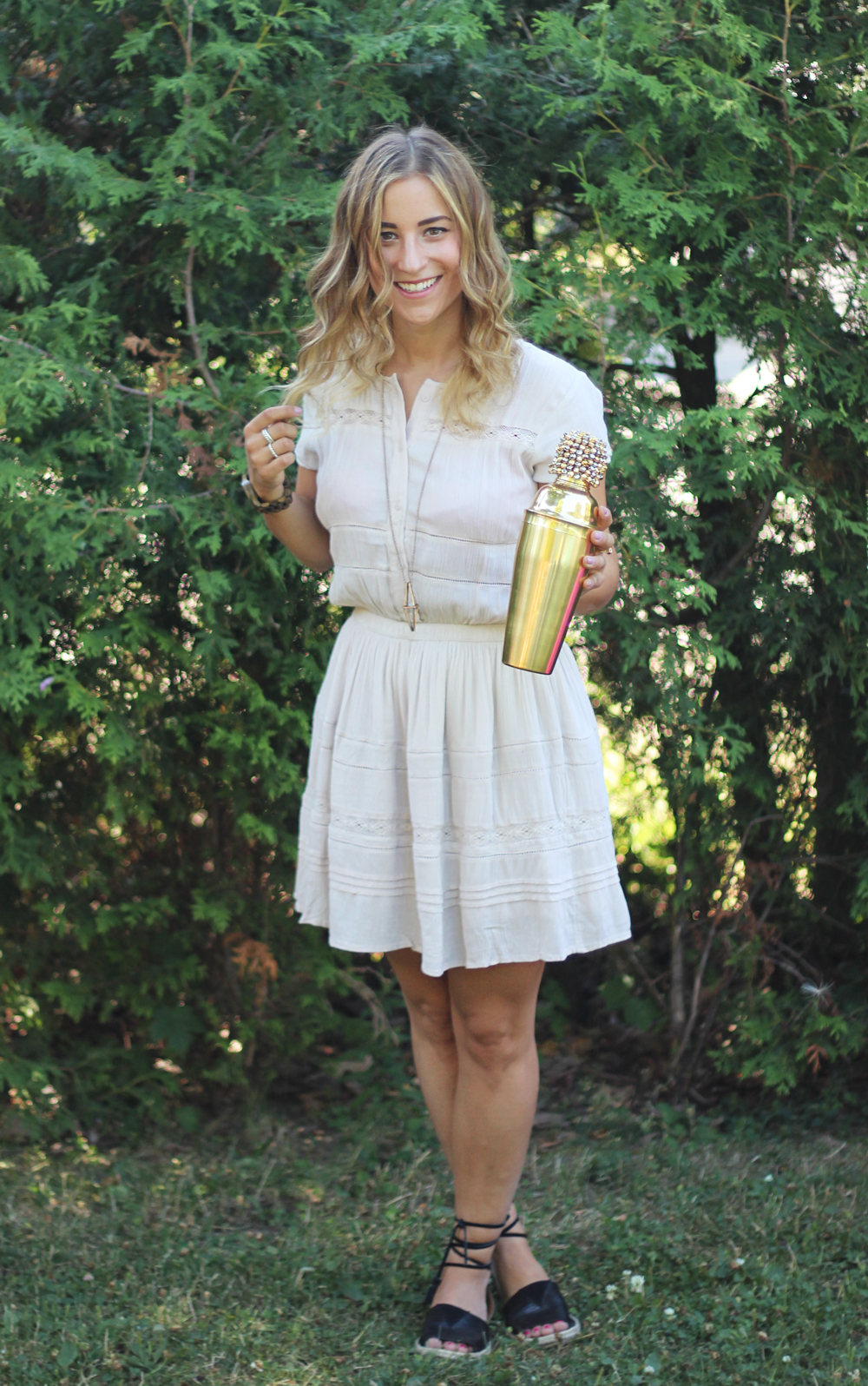Tips for throwing a summer party from Toronto Fashion Bloggers