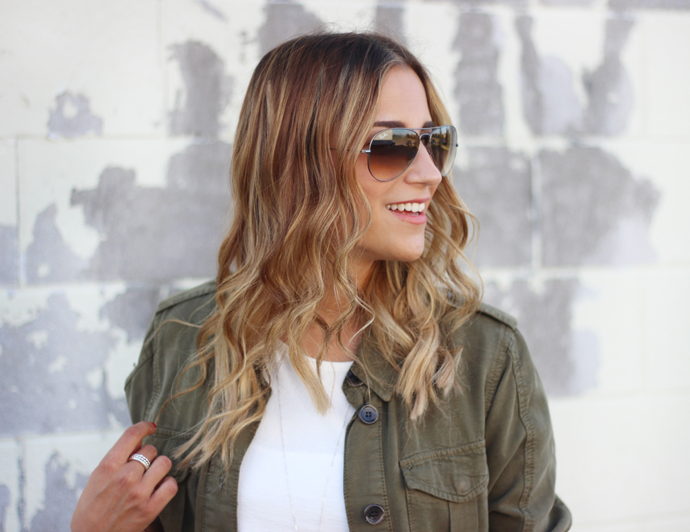 Wavy hair and Ray-Ban Aviator Sunglasses