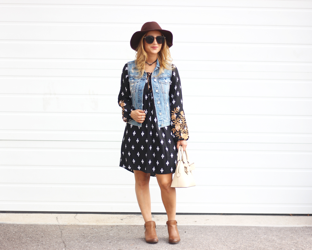 Style tips - how to wear a boho dress for fall - tips from Canadian fashion blogger, Jackie Goldhar, from Toronto