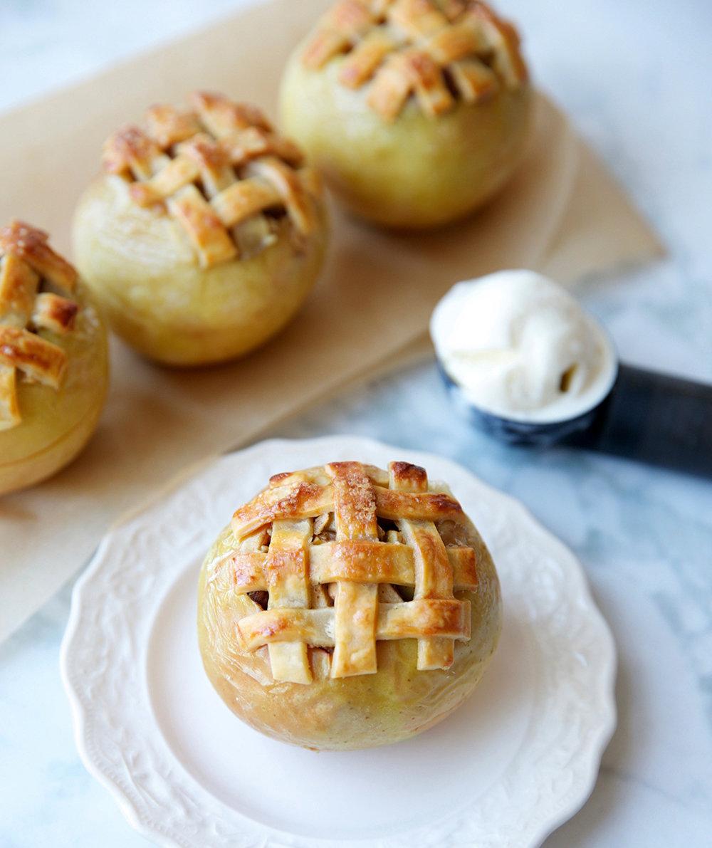 Apple Pie Baked Apples - best fall dessert recipes