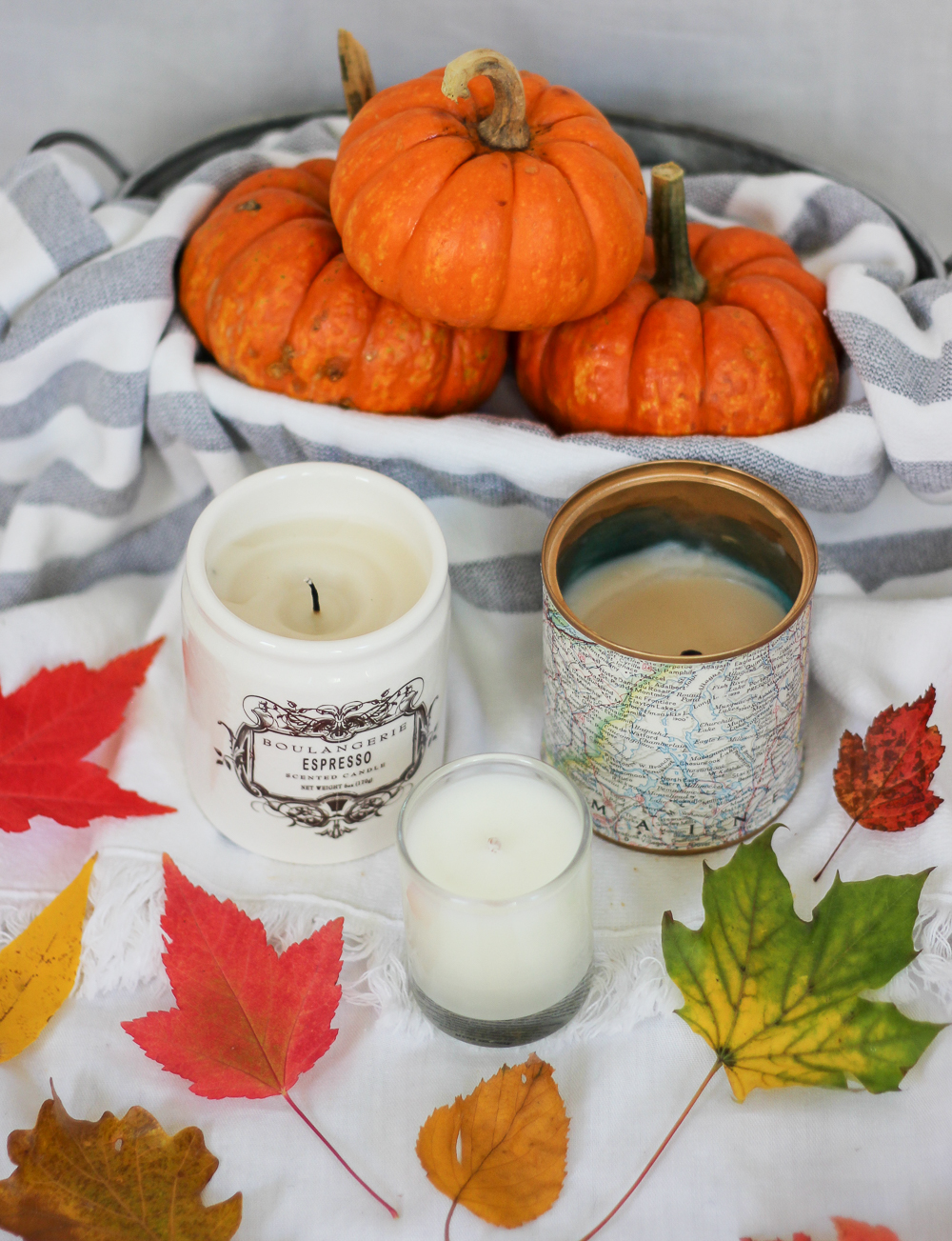 Jackie Goldhar is a Canadian fashion and lifestyle blogger and one of her favourite parts of fall are candles