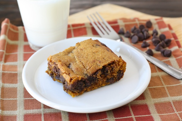 Pumpkin Chocolate Chip Bars - Best fall dessert recipes