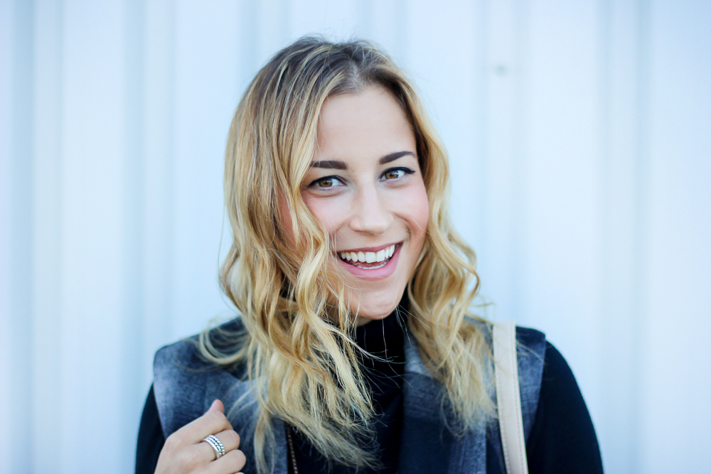 Canadian fashion, beauty and lifestyle blogger, Jackie Goldhar