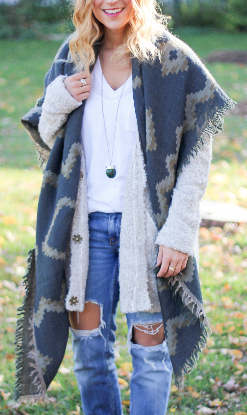 Free People cardigan, Aritzia blanket scarf, Zara ripped boyfriend jeans, as seen on Canadian fashion blogger, Jackie Goldhar