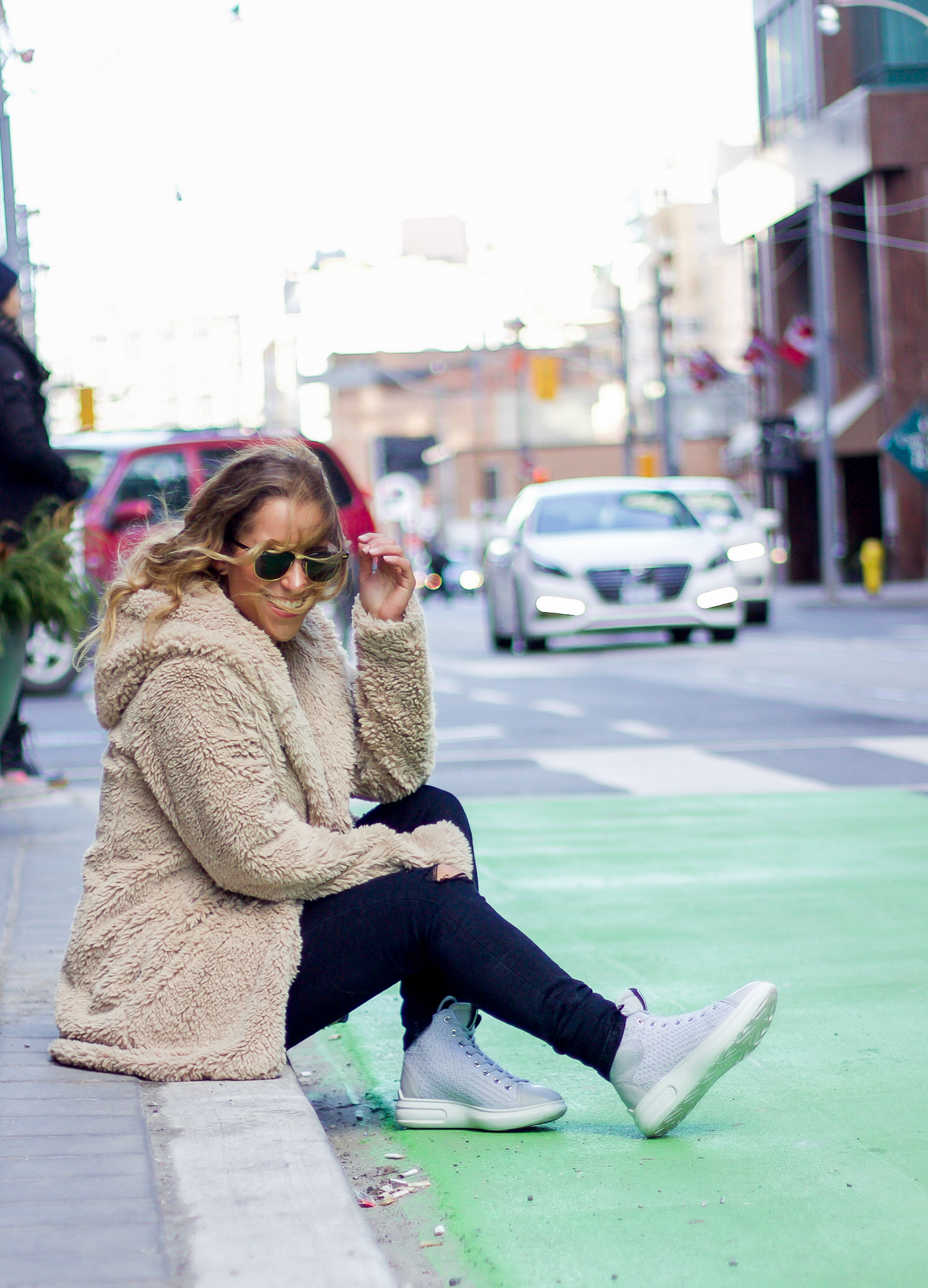 Jackie Goldhar is a Canadian Life and Style blogger, and she's sharing winter outfit inspiration, with a Gap hooded jacket and Ecco High Top Sneakers