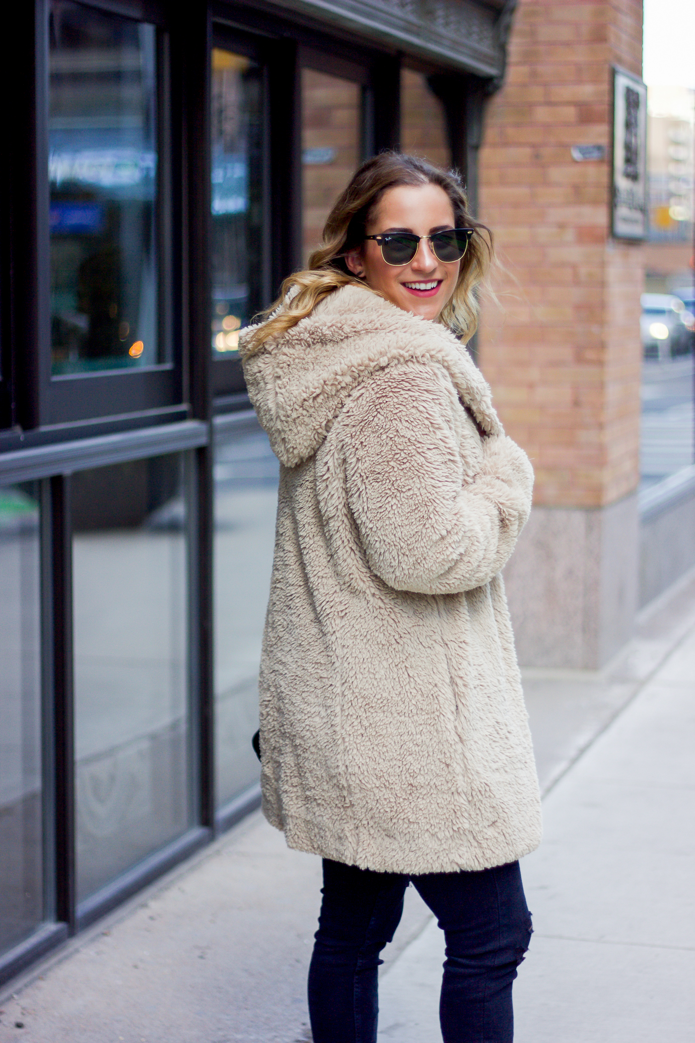 Canadian life and style blogger, Jackie Goldhar, of Something About That wearing a cozy winter outfit