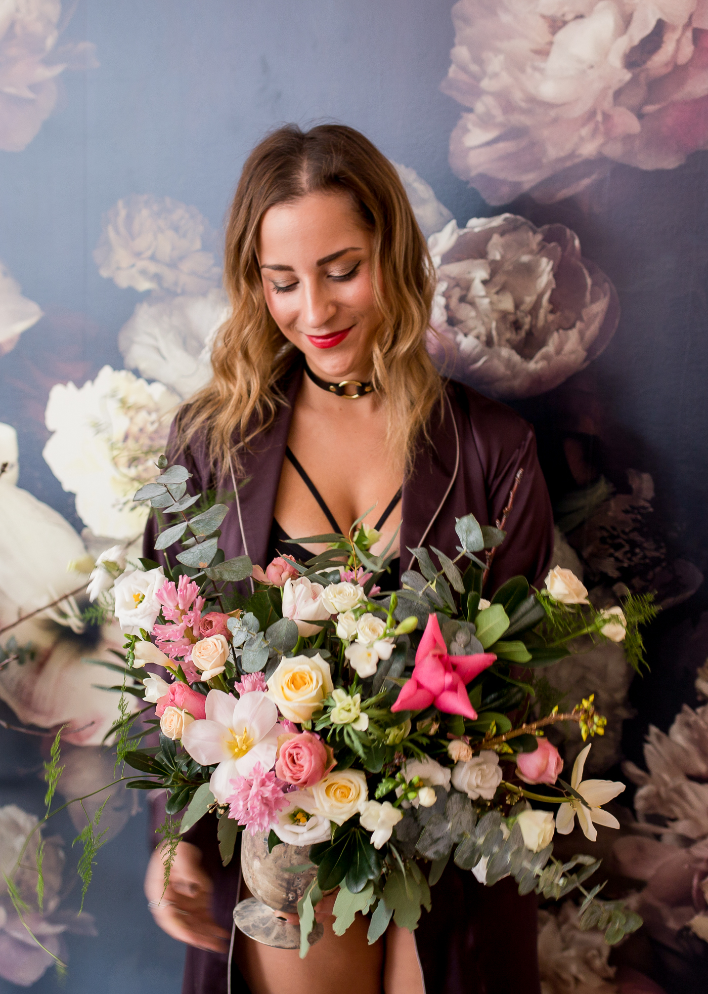 Toronto blogger photoshoot at Stole My Heart, featuring a floral arrangement from Wildnorth Flowers