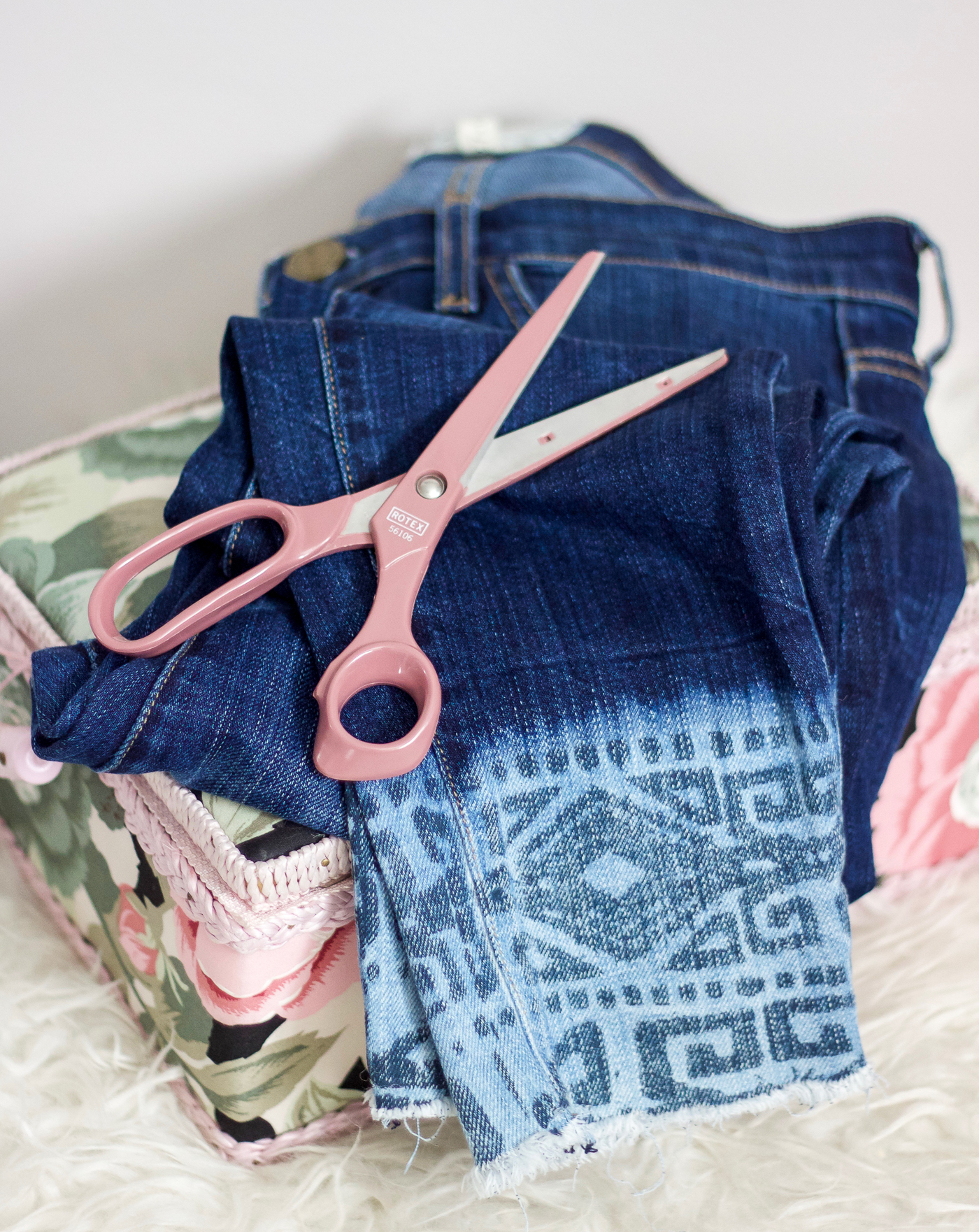 One of the season's hottest trends in denim is the step-hem jean, so here's a tutorial for how to DIY them yourself