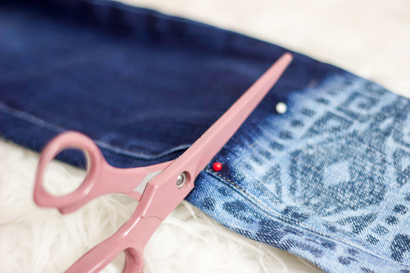 How DIY step-hem jeans - it's so easy that this is hardly a tutorial