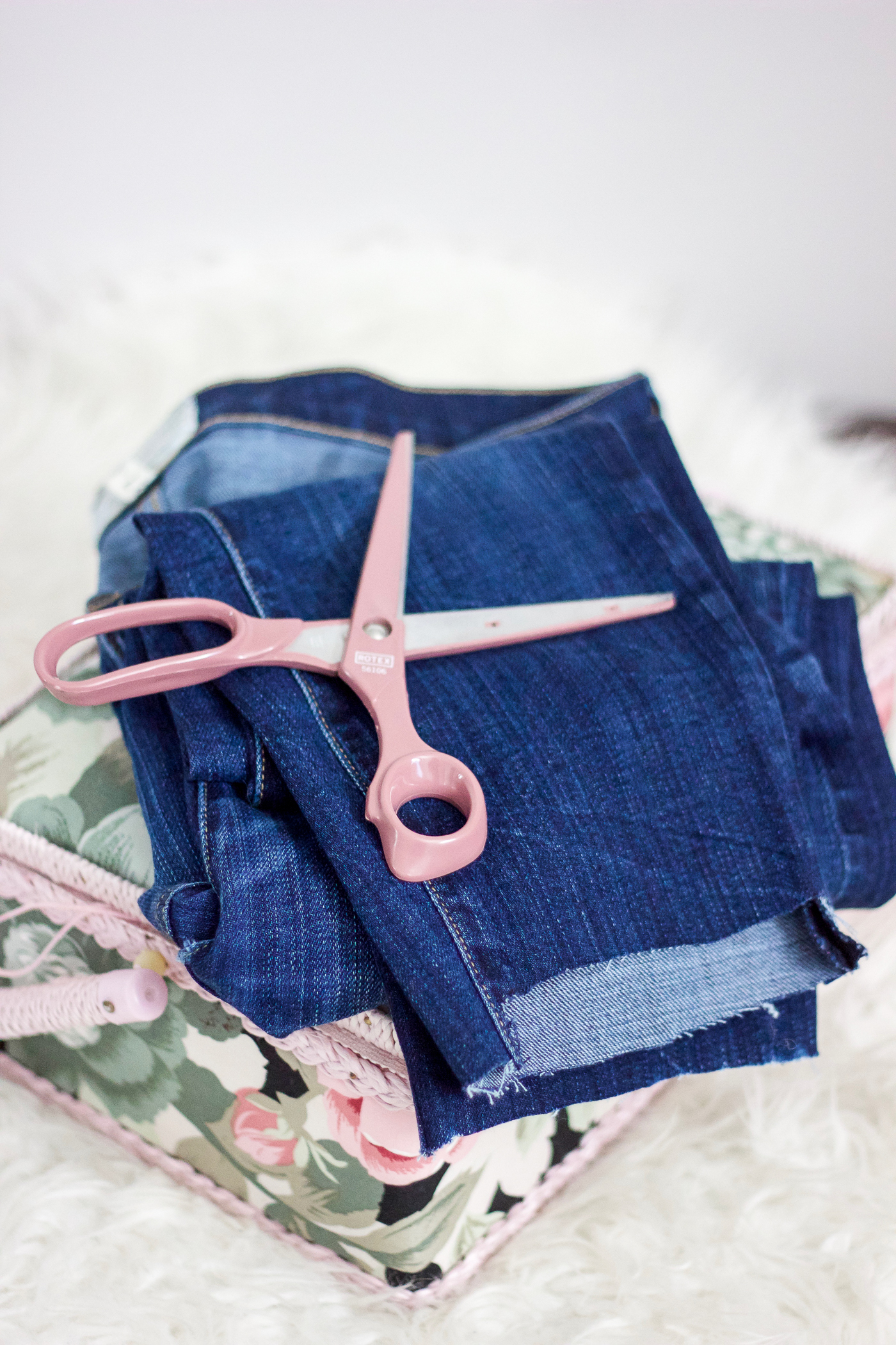 How to DIY Stem Hem Jeans