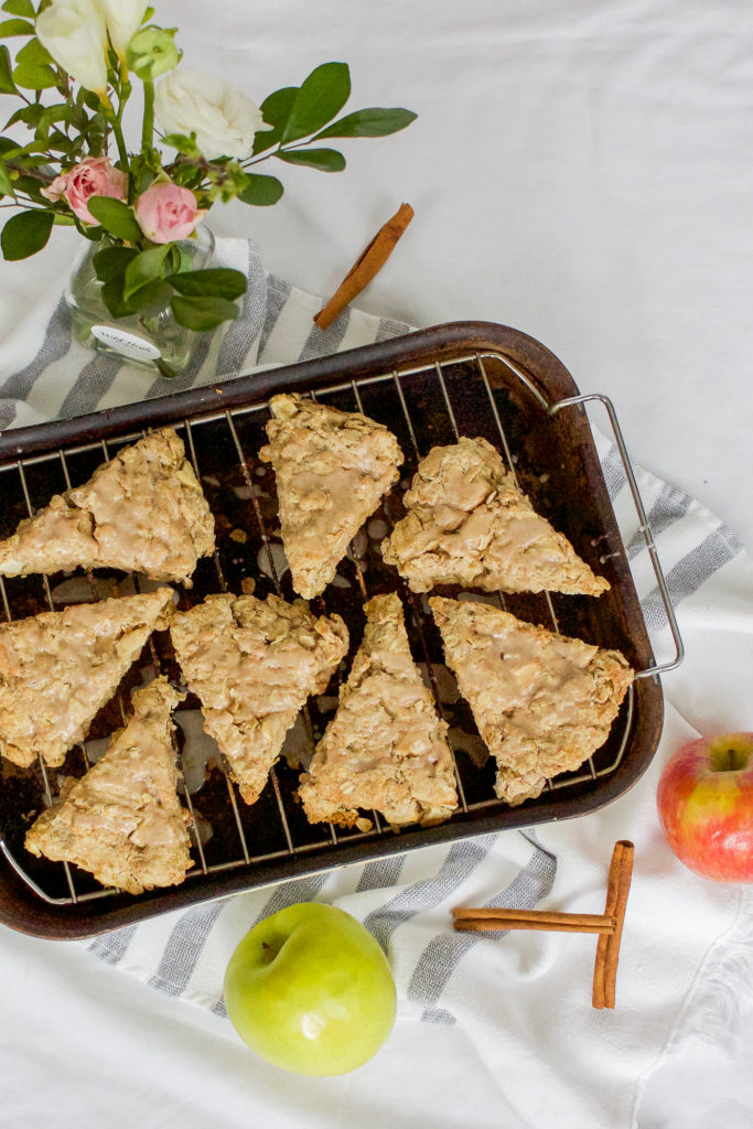 Easy breakfast or snack recipe idea - oatmeal cinnamon apple scones