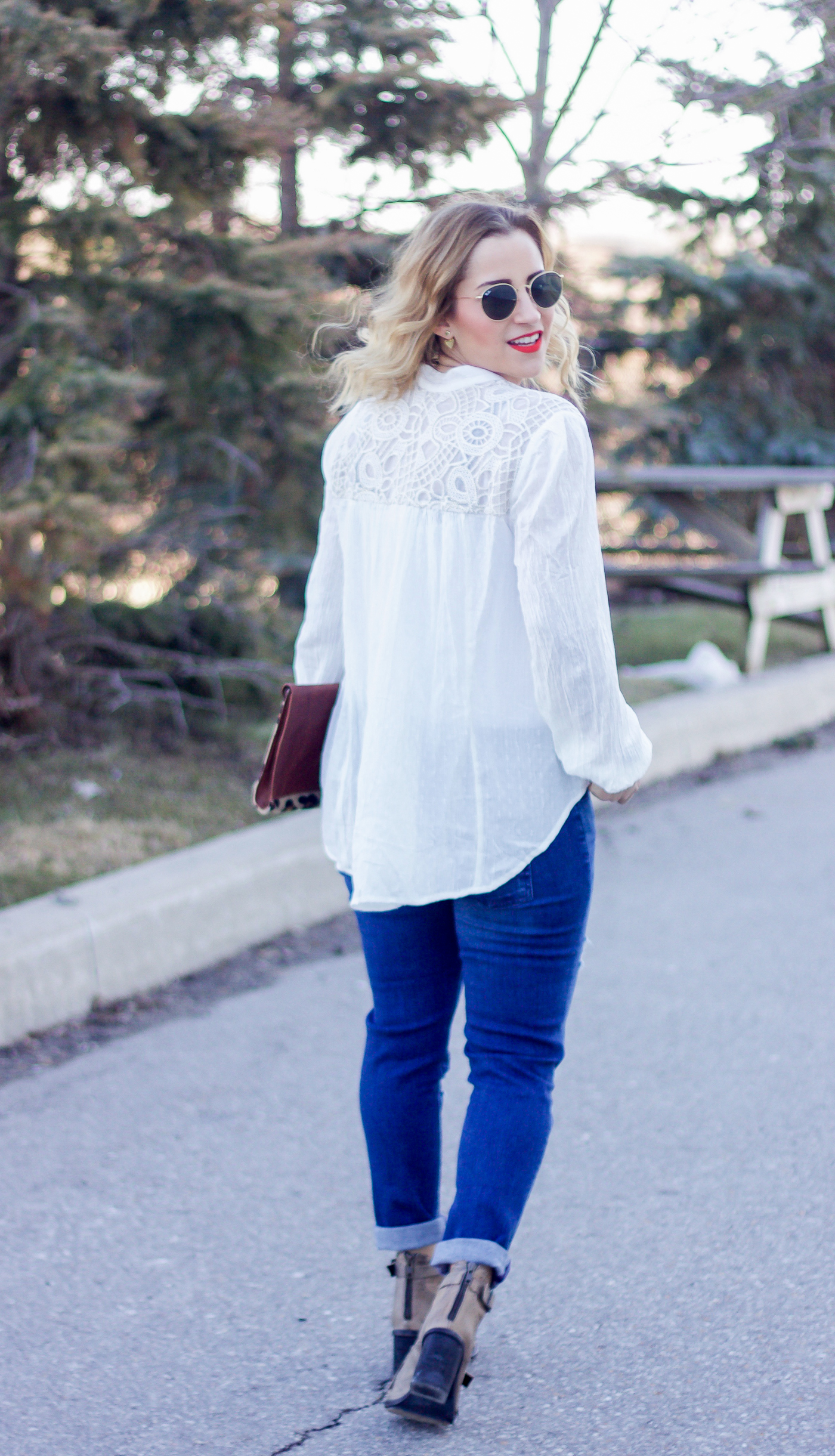 Canadian fashion and lifestyle blogger, Jackie Goldhar of Something About That, wearing a simple, casual spring outfit