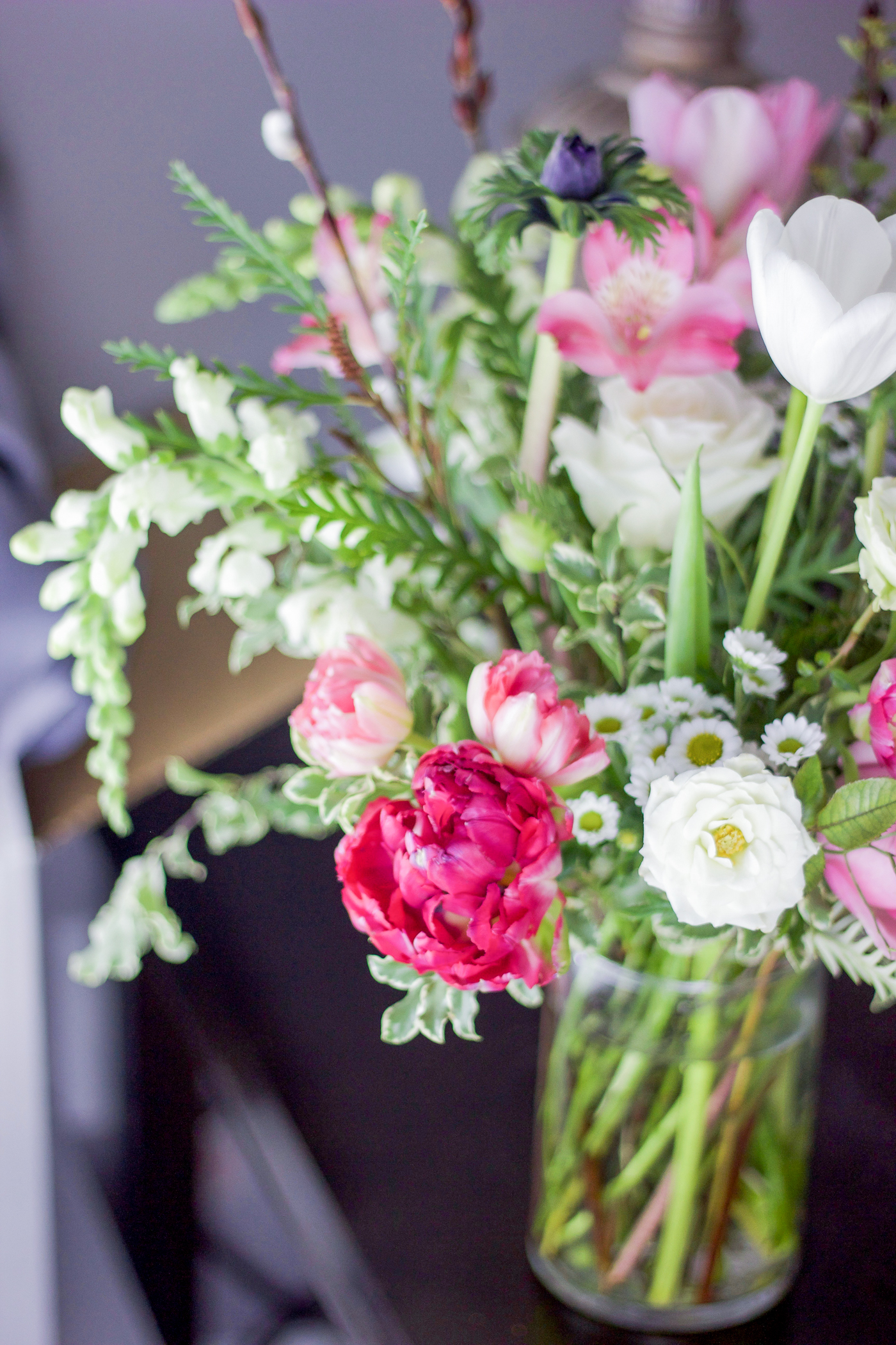How to DIY your own flower arrangement - sharing some tips and tricks
