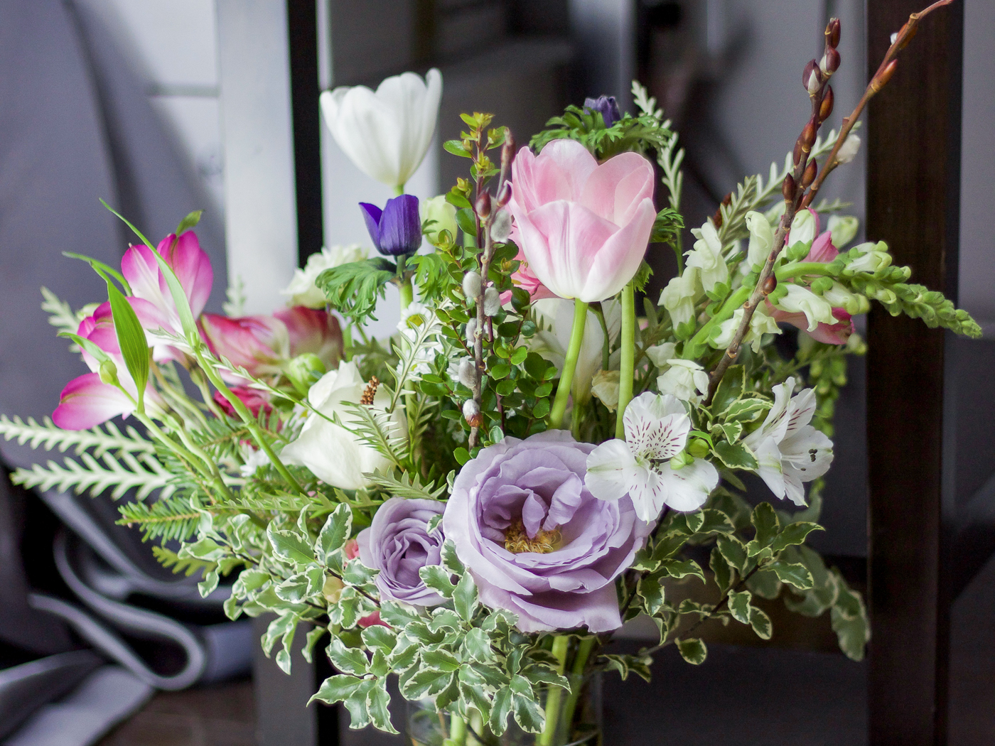 Flower arranging tips that I learned at a workshop at Wild North Flowers in Toronto