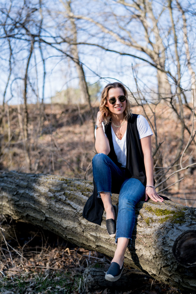Jackie Goldhar is a top Toronto fashion and lifestyle blogger, wearing a casual spring outfit on a hike at High Park