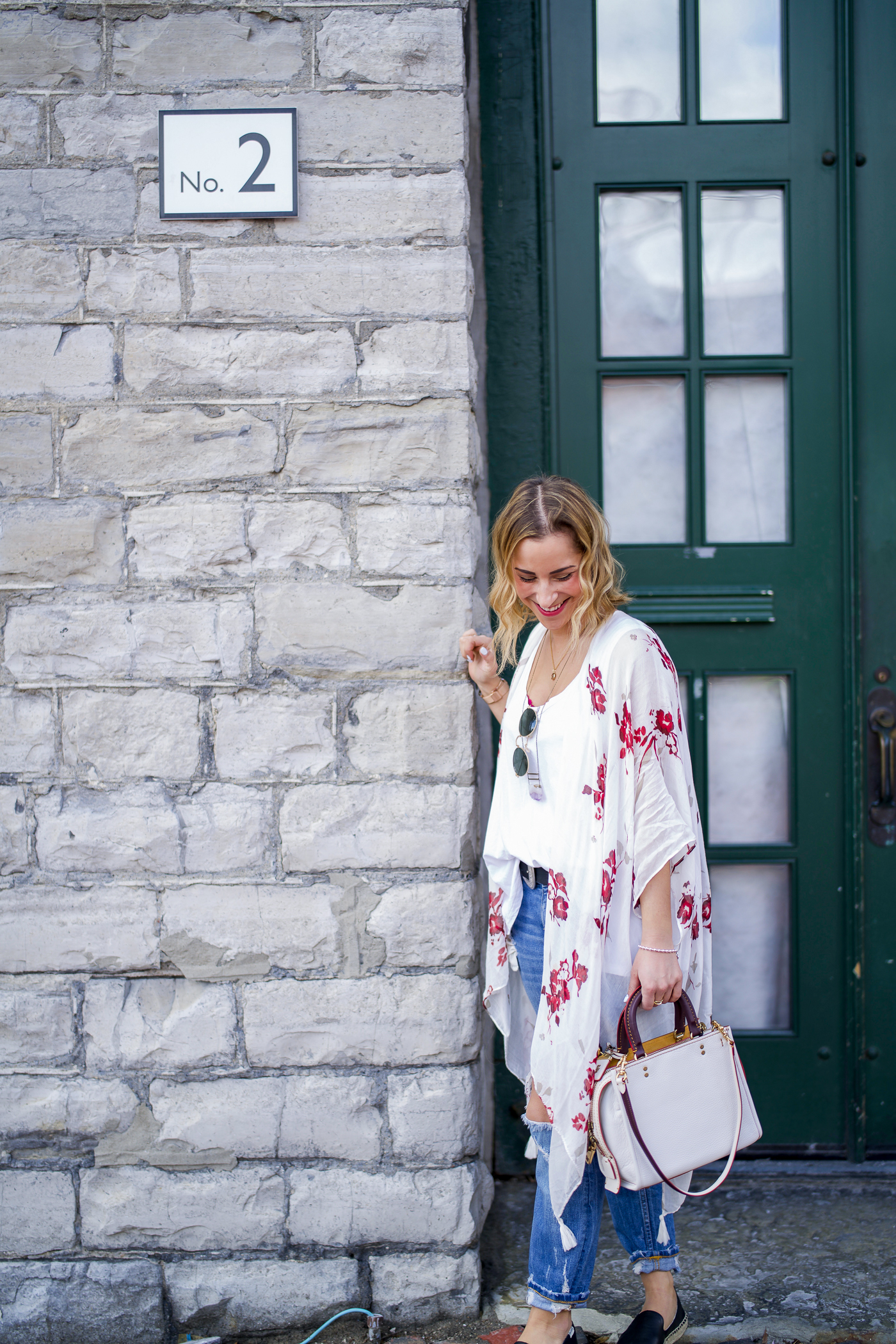 Jackie Goldhar is a Toronto-based lifestyle and fashion blogger, and she's sharing a simple spring outfit, perfect for the weekend