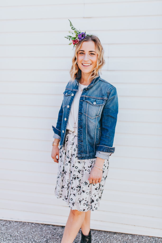 Toronto fashion and lifestyle blogger, Jackie Goldhar is wearing a denim jacket, floral skirt from Banana Republic and accessorized with a DIY flower crown