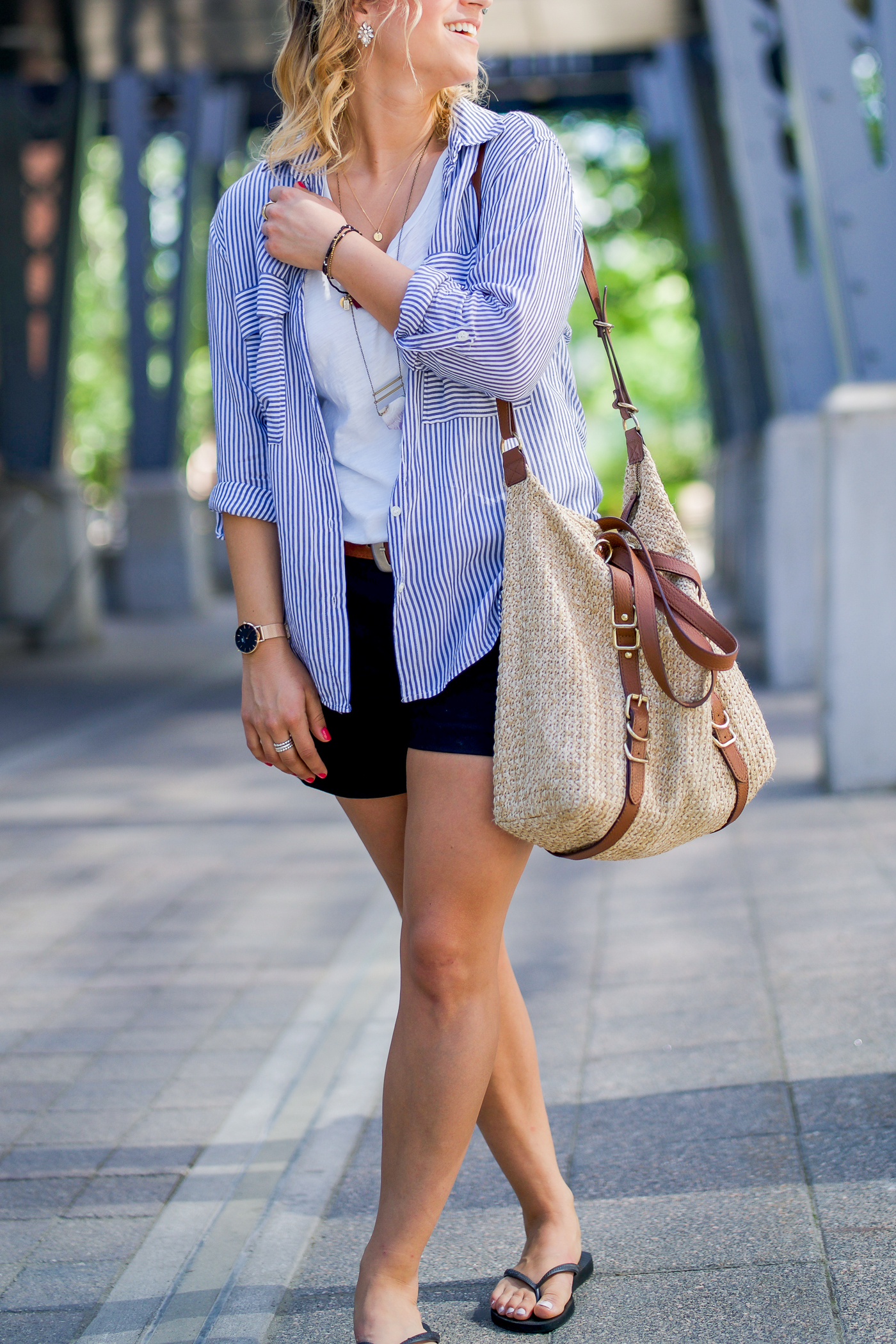 how to dress down black dress shorts from banana republic for a chic and casual summer outfit