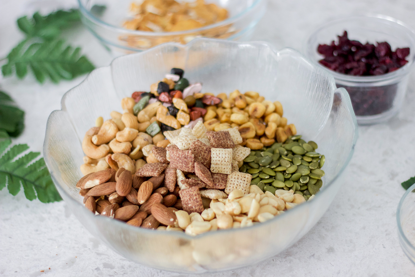 The ingredients for a simple homemade trail mix recipe