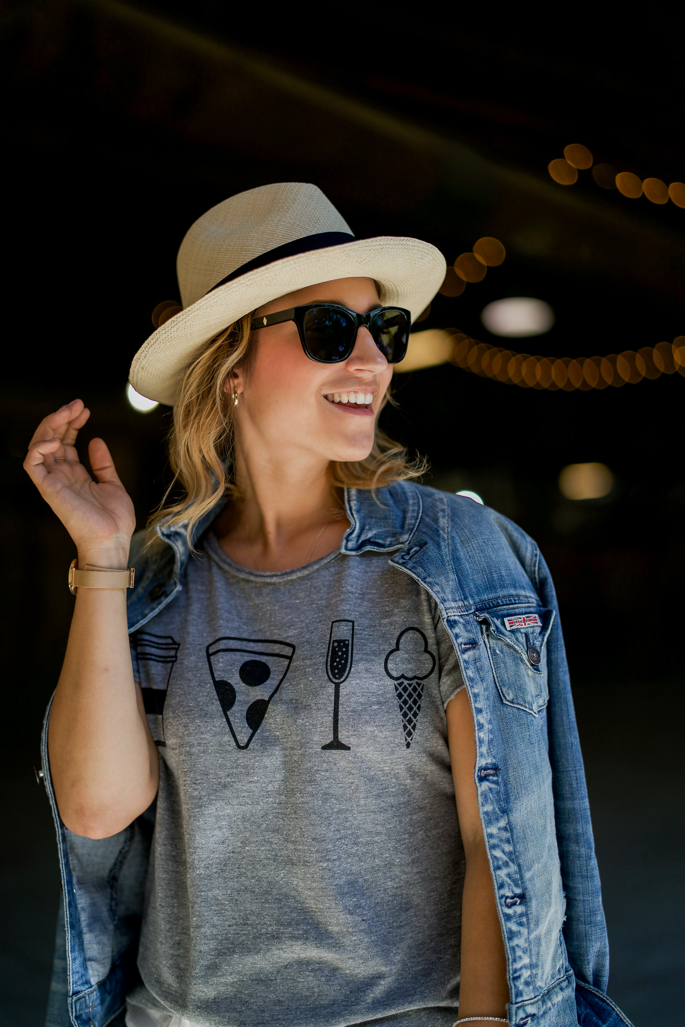 Canadian lifestyle and fashion blogger shares her secrets for how to wear a graphic tee like a fashion blogger - without looking like you're trying too hard