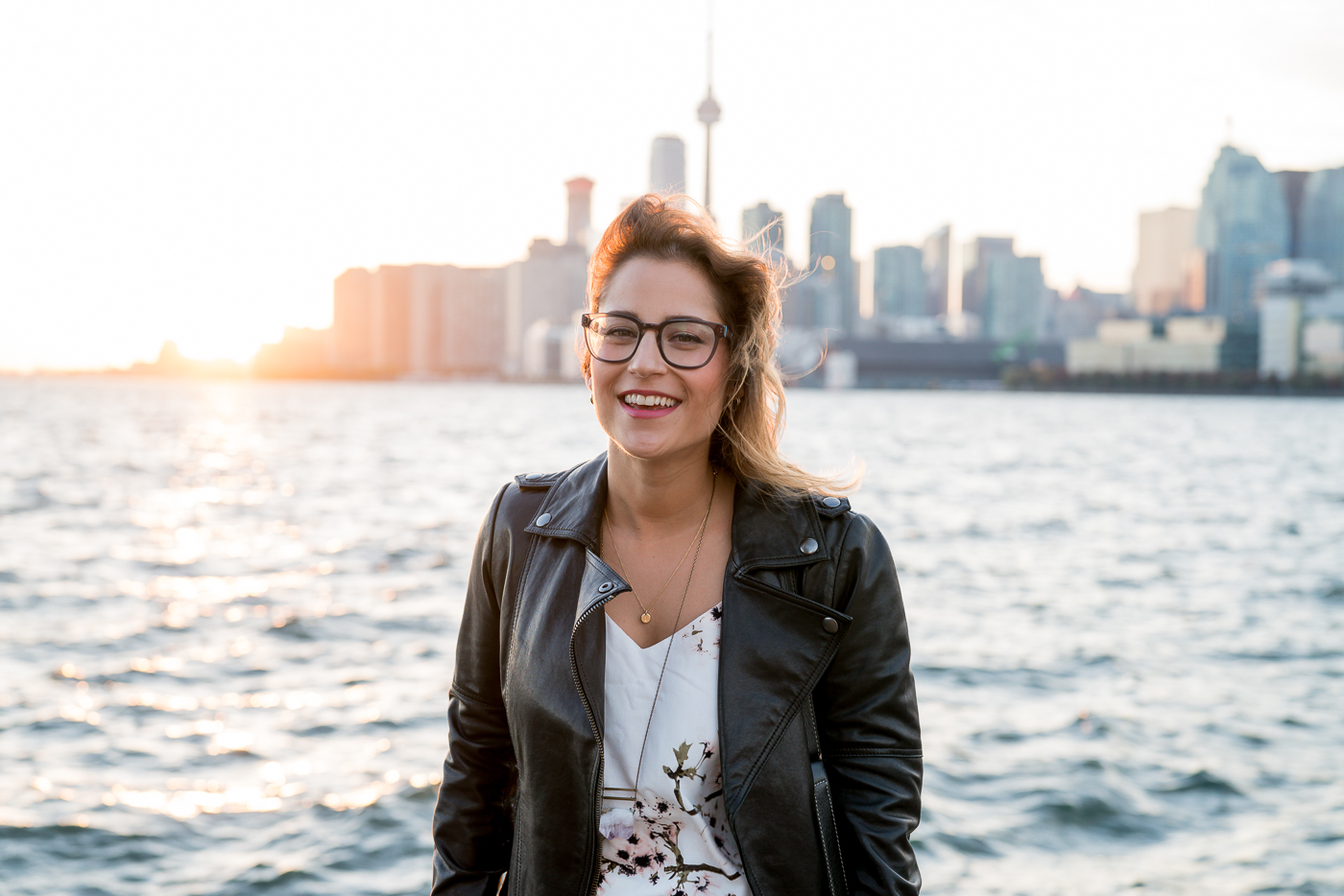 Canadian fashion and lifestyle blogger, Jackie Goldhar of Something About That by the waterfront