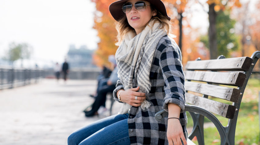Mixing two types of plaid for an effortlessly cool, casual, everyday outfit for travel
