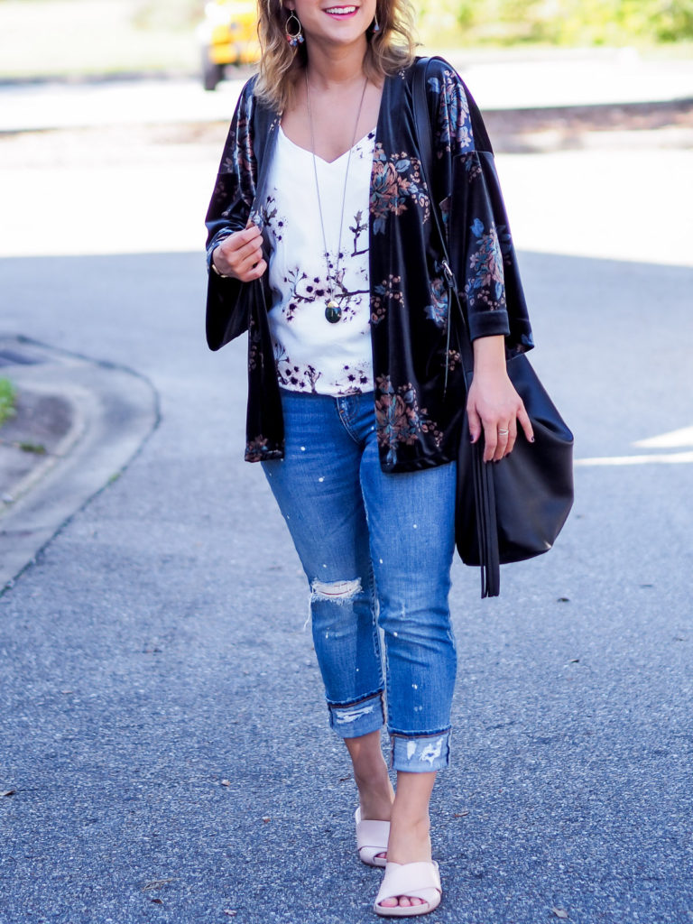 Simple outfit inspiration from petite fashion blogger, Jackie from Something About That, showing how to wear the floral velvet kimono she bought at LOFT with ripped Gap jeans